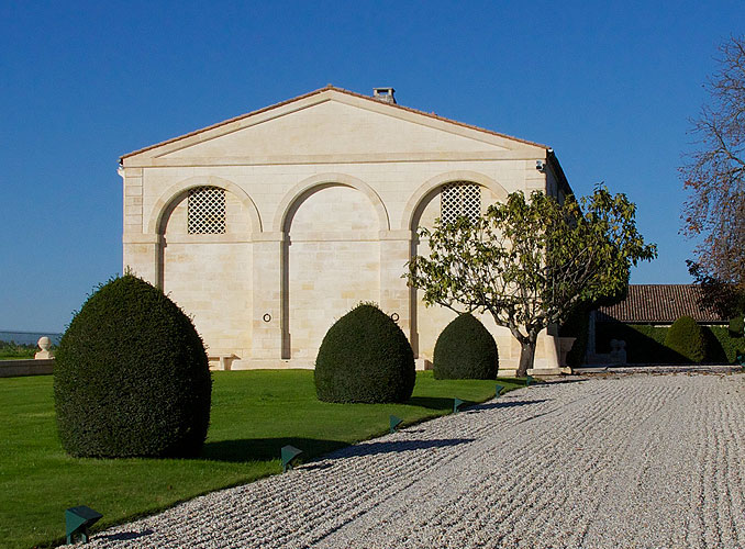 <p>The zen-raked pathway in front of Château Mouton Rothschild.</p>