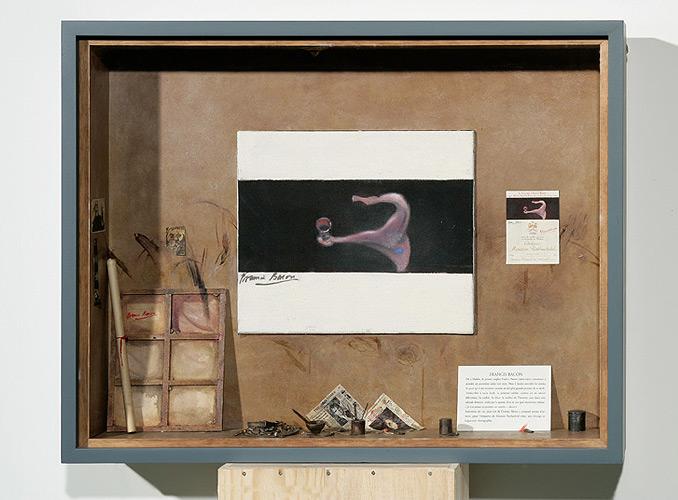 <p><strong>1990 Francis Bacon</strong></p> <p>Amoureux du vin, peut-être même de l'ivresse, Bacon a composé autour d'un verre, pour l'étiquette de Mouton Rothschild 1990, une étrange et fulgurante chorégraphie.</p>